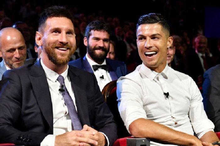 Lionel Messi dan Cristiano Ronaldo diprediksi akan segera menghilang dari nominasi perebutan pemain terbaik.