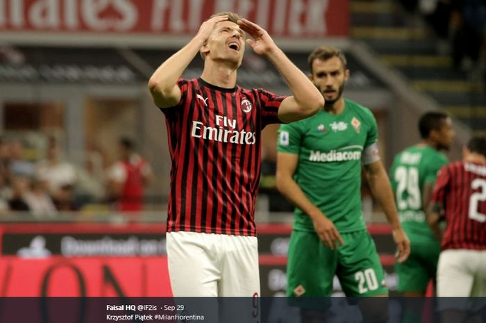 Striker AC Milan, Krzysztof Piatek, dikabarkan bakal dilego pada bursa transfer musim dingin Januari mendatang.