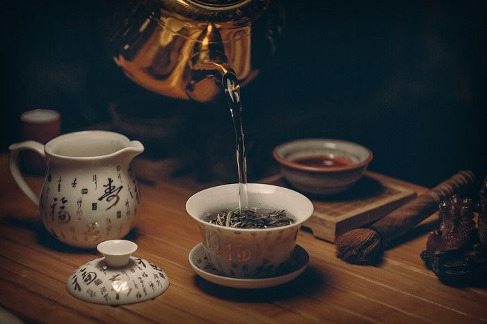 Tea Illustration - this is how to deal with rising blood sugar levels with tea ingredients