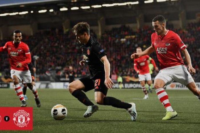 Winger Manchester United, Daniel James, beraksi dalam laga Grup L Liga Europa melawan AZ Alkmaar di ADO Den Haag Stadium, Kamis (3/10/2019).