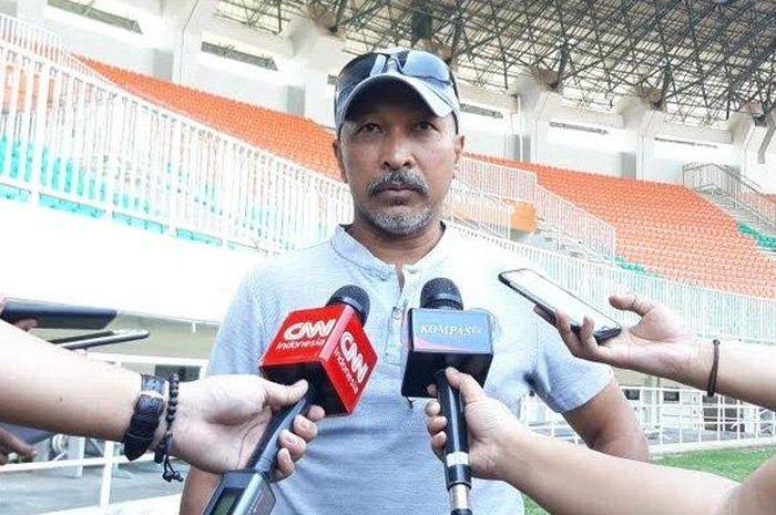 Pelatih kepala Timnas Indonesia U-19, Fakhri Husaini saat ditemui setelah melakukan uji coba di Stadion Pakansari, Bogor, Sabtu (5/10/2019).