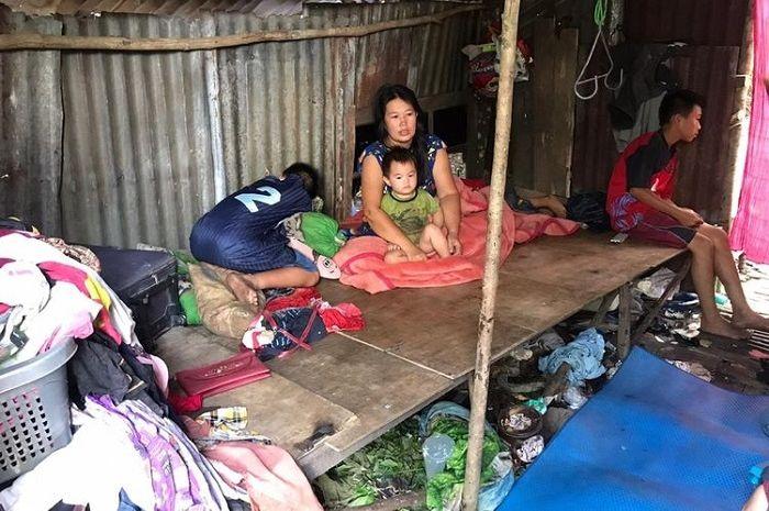 Viral Ngaku Tinggal di Gubuk Hingga Anak Putus Sekolah, Tetangga Lena Justru Beri Pengakuan Mengejutkan