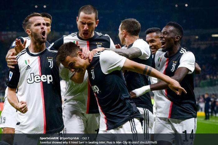 Para pemain Juventus merayakan gol yang dicetak Paulo Dybala ke gawang Samir Handanovic kala melawan Inter Milan pada pertandingan pekan ke-7 Liga Italia di Giuseppe Meazza, Senin (7/10/2019).