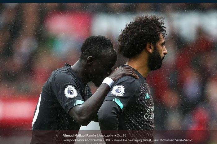 Sadio Mane (kiri) dan Mohamed Salah, dua penyerang Liverpool.