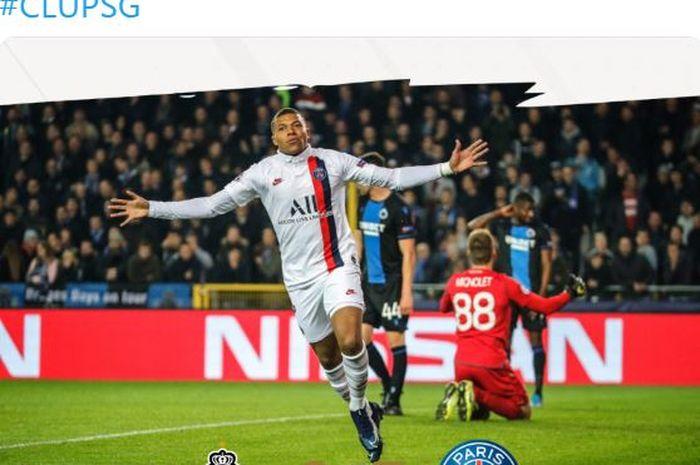 Penyerang Paris Saint-Germain, Kylian Mbappe, merayakan gol yang dicetak ke gawang Club Brugge dalam laga Grup A Liga Champions di Jan Breydelstadion, Selasa (22/10/2019).