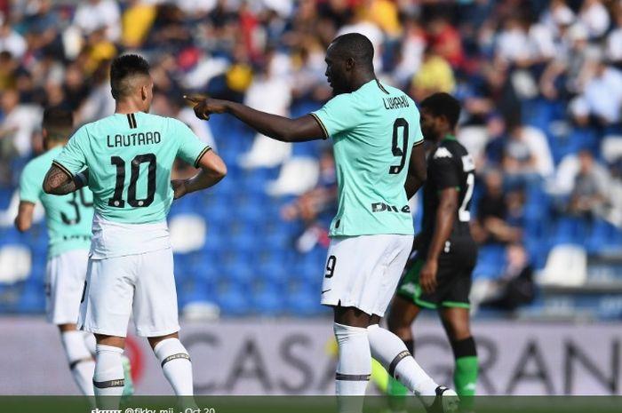 Dua penyerang andalan Inter Milan, Lautaro Martinez dan Romelu Lukaku, pada pertandingan pekan ke-8 melawan Sassuolo akhir pekan lalu di Liga Italia.