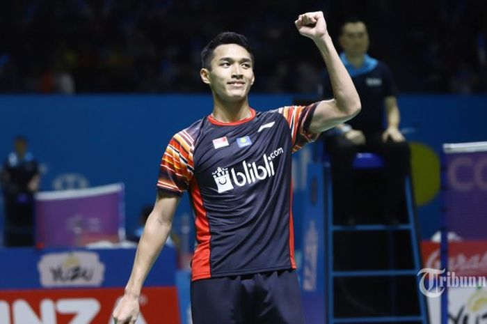 Pebulu tangkis tunggal putra Indonesia, Jonatan Christie saat bertanding pada babak II Indonesia Open 2019, di Istora Senayan, Jakarta Pusat, Kamis (18/7/2019).