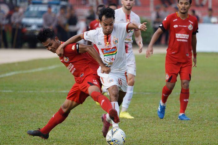 Semen Padang Vs Persija Jakarta pada pekan ke-27 Liga 1 2019 di Stadion Haji Agus Salim, Padang, Kamis (7/11/2019).