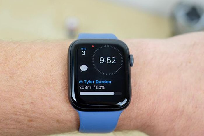 Apple Watch Masih Dominasi Pasar Smartwatch, Terus Tekan Fitbit