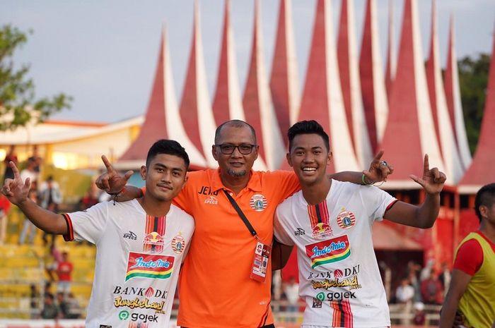 Dua pemain muda Persija Jakarta, Resky Fandi dan Adrianus Dwiki Arya Purnomo dapat kesempatan tampil bersama tim utama di kandang Semen Padang, Kamis (7/11/2019).