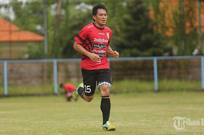Bek Bali United, Michael Orah.
