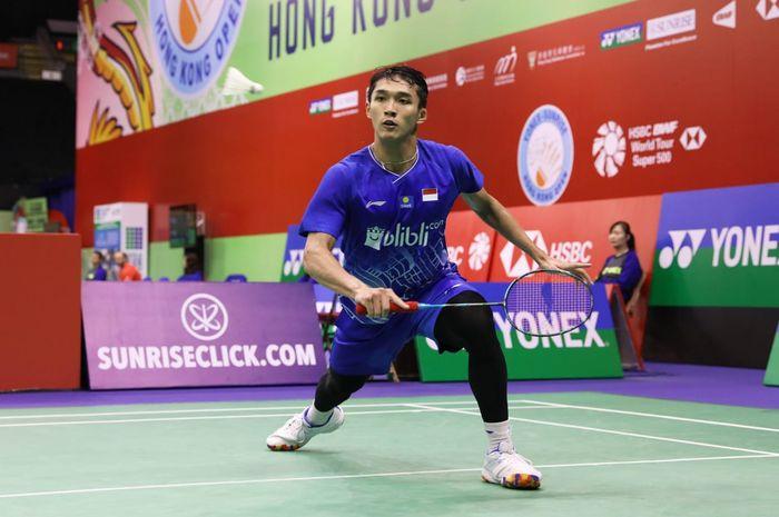Pebulu tangkis tunggal putra Indonesia, Jonatan Christie, pada babak pertama Hong Kong Open 2019 di Hong Kong Coliseum, Rabu (13/11/2019).