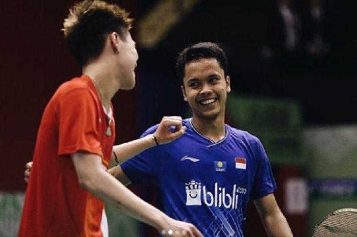 Dup pebulu tangkis, Lee Cheuk Yiu (kiri) dan Anthony Sinisuka Ginting (kanan).
