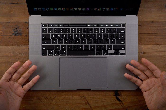 Pengguna MacBook Pro 16 Inci Keluhkan Gangguan pada Speaker