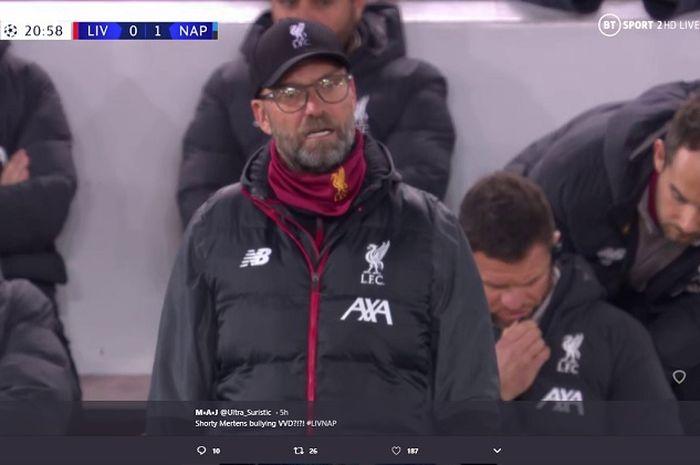 Ekspresi pelatih Liverpool, Juergen Klopp usai pemain terbaik Belgia cetak gol dalam laga lanjutan Liga Champions 2019-2020.