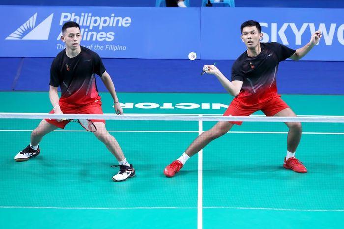 Pasangan ganda putra Indonesia, Fajar Alfian/Muhammad Rian Ardianto, pada partai kedua melawan Thailand di Muntinlupa Sports Center, Manila, Filipina, Senin (2/12/2019).
