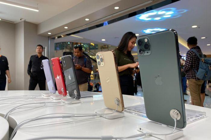 (Foto) Pembeli Pertama iPhone 11 Pro di iBox Central Park Mall