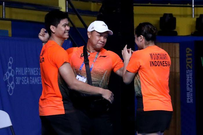 Richard Mainaky Mundur, Siapa yang Jadi Pelatih Kepala Sektor Ganda Campuran? Sportfeat thumbnail
