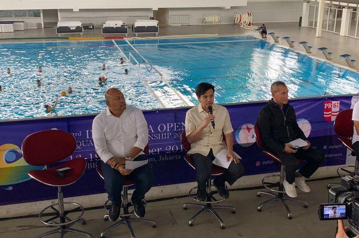 Wakil Ketua PB PRSI, Harlin Rahardjo, berbicara soal turnamen 3rd Indonesia Open Aquatic Championship (IOAC) di Stadion Akuatik Gelora Bung Karno, Senayan, Jakarta, Kamis (12/12/2019).