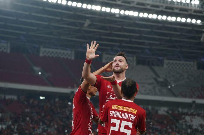 Selebrasi Marko Simic saat Persija Jakarta kontra Madura United di Stadion Utama Gelora Bung Karno (SUGBK), Jumat (13/12/2019).