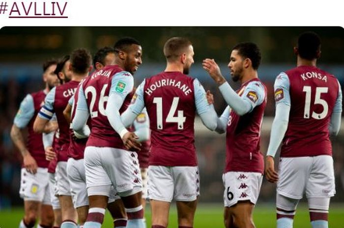 Para pemain Aston Villa merayakan gol yang dicetak ke gawang Liverpool dalam laga perempat final Carabao Cup di Stadion Villa Park, Selasa (17/12/2019).
