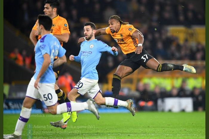 Adama Traore (kanan) mencetak gol Wolverhampton Wanderers ke gawang Manchester City.