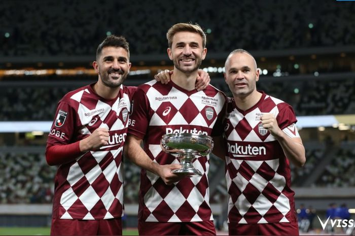Andres Iniesta (kanan), membawa Vissel Kobe menjadi juara Piala Kaisar 2019, Rabu (1/1/2020).
