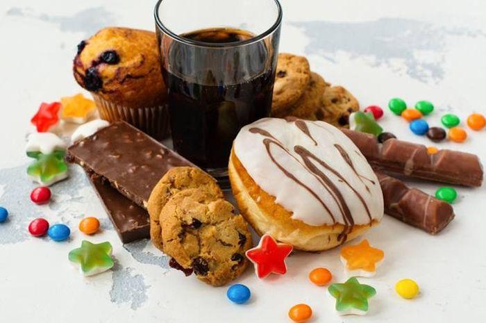 Makanan manis yang menyebakan kulit wajah berminyak hingga berjerawat