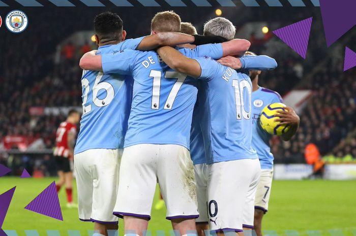 Para pemain Manchester City merayakan gol yang dicetak Sergio Aguero ke gawang Sheffield United dalam laga Liga Inggris di Stadion Bramall Lane, Selasa (21/1/2020).