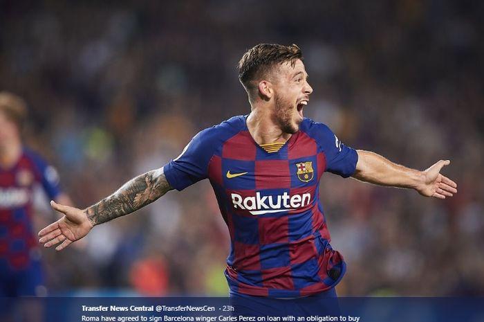 Pemain depan Barcelona, Carles Perez, dilaporkan bakal segera merapat ke AS Roma.
