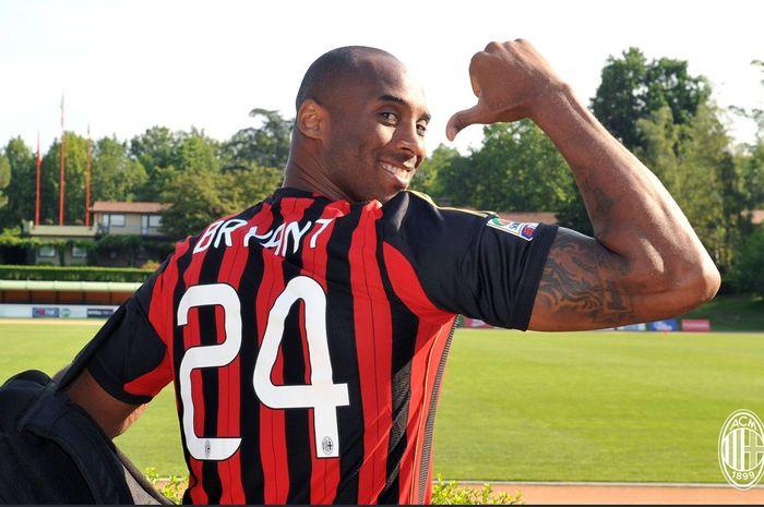Kobe Bryant dikenal sebagai suporter AC Milan.