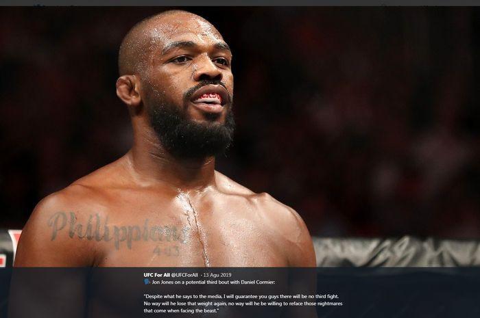 Petarung Amerika Serikat, Jon Jones, tengah melakukan persiapan melawan Dominick Reyes pada UFC 247. Pertarungan itu dimaksudkan untuk merebutkan gelar juara light-heavyweight.