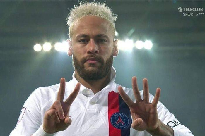 Striker Paris Saint-Germain, Neymar, mendedikasikan golnya untuk Kobe Bryant yang wafat karena kecelakaan helikopter pada Ahad (26/1/2020) di Carbasas, Amerika Serikat .