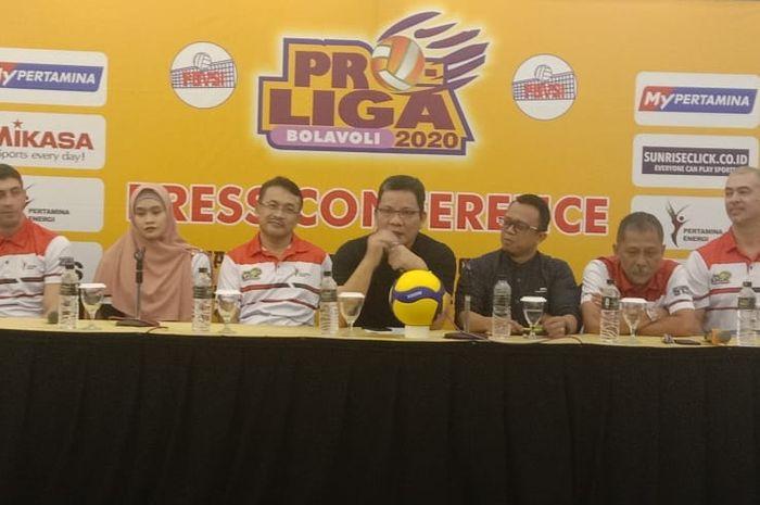 Konferensi pers Proliga 2020 seri kedua yang akan berlangsung di Purwokerto, Jawa Tengah, 31 Januari-2 Februari.