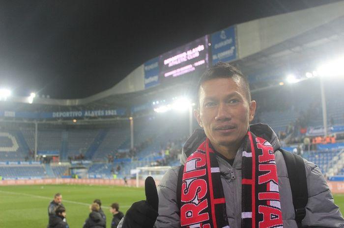 Pemain Persija Jakarta, Ismed Sofyan berpose pada laga Alaves Vs Eibar di Estadio de Mendizorroza, Sabtu (8/2/2020).
