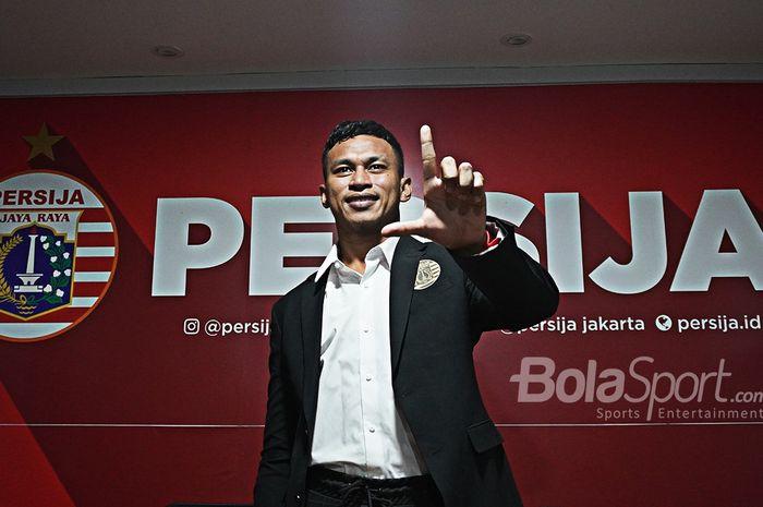Penyerang asal Papua, Osvaldo Haay, diperkenalkan sebagai pemain anyar Persija Jakarta pada musim 2020.