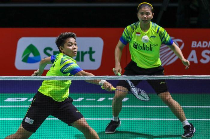 Pasangan ganda putri Indonesia, Greysia Polii/Apriyani Rahayu, tampil pada partai kedua melawan Jepang pada Kejuaraan Beregu Asia 2020 di Rizal Memorial Coliiseum, Manila, Filipina, Jumat (14/2/2020).