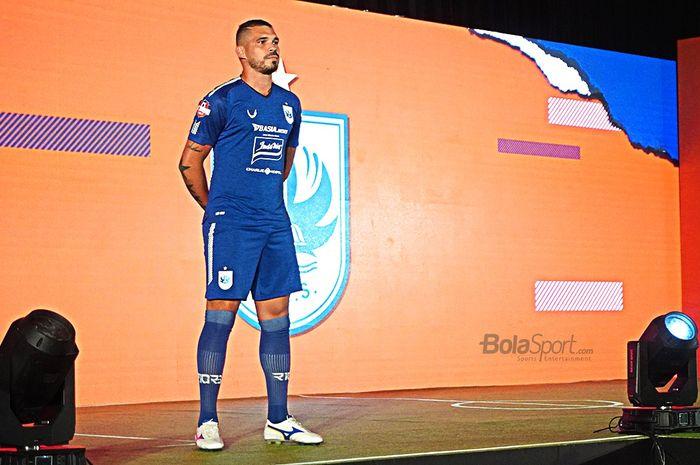 Kostum PSIS di Liga 1 2020.
