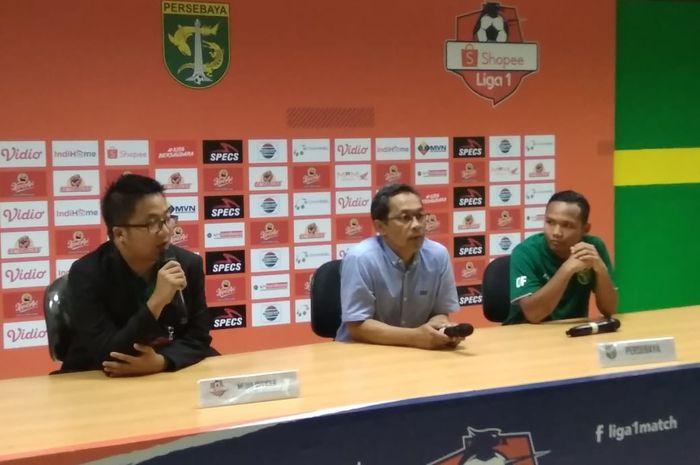 Jumpa pers pelatih Persebaya, Aji Santoso, usai laga pembuka Shopee Liga 1 2020 melawan Persik di Stadion Gelora Bung Tomo, Surabaya, Sabtu (29/2/2020).