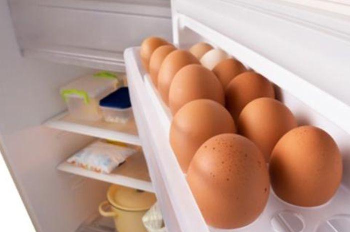 Bahaya yang didapatkan jika masih menyimpan telur dalam kulkas