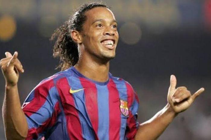 Ronaldinho masuk penjara.