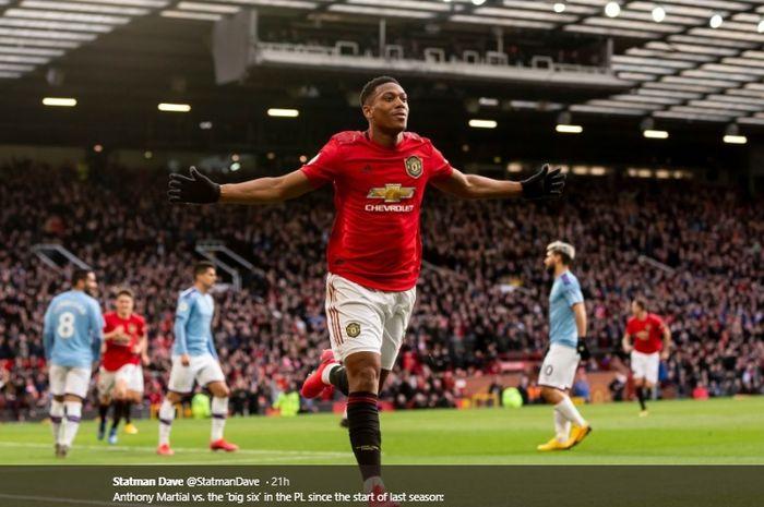 Selebrasi penyerang asal Prancis, Anthony Martial, setelah mencetak gol untuk Manchester United.