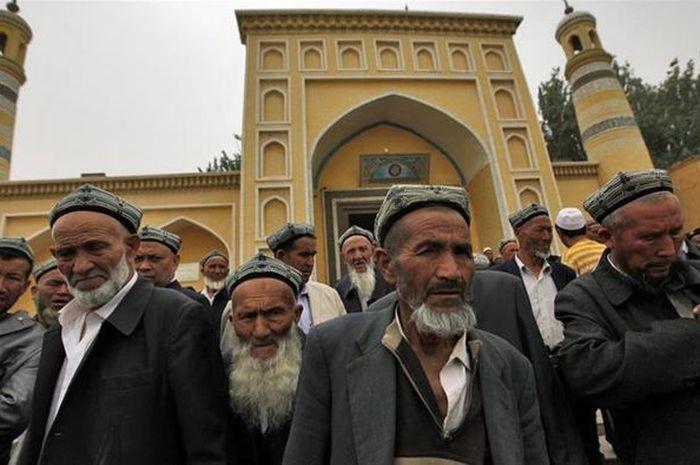 Citra Satelit Tunjukkan Ribuan Masjid Uighur Hancu
