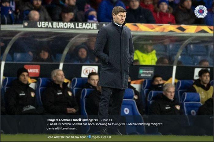 Steven Gerrard pelatih Glasgow Rangers, ikut mendapatkan potongan gaji imbas COVID-19.