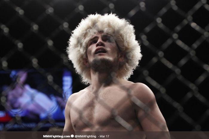Petarung UFC, Khabib Nurmagomedov. rupanya pernah tidak berdaya saat sparring dengan bocah kecil.