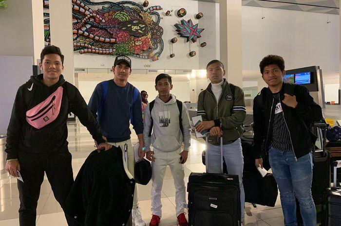 Lima Pemain Garuda Select, Risky Sudirman, Fajar Fathur Rahman, Yogi Hermawan, Bramdani, dan Dodi Irawan Pulang ke Indonesia untuk Ikuti Ujian Nasional.