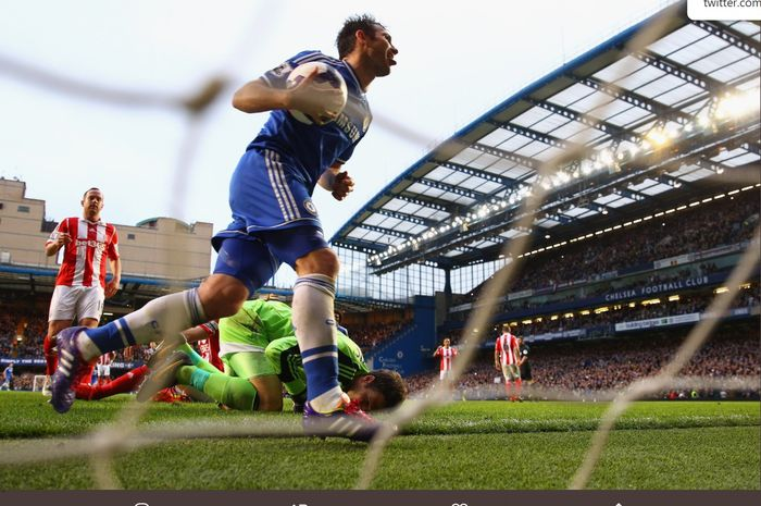 Frank Lampard mencetak gol terakhirnya buat Chelsea, 5 April 2014.