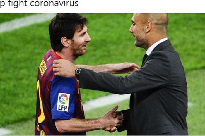 Megabintang Barcelona, Lionel Messi, bersalaman dengan pelatih Pep Guardiola.