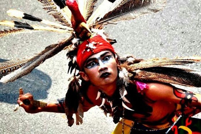 Sosok Panglima Burung, orang suku Dayak Dalam yang disebut sakti mandraguna