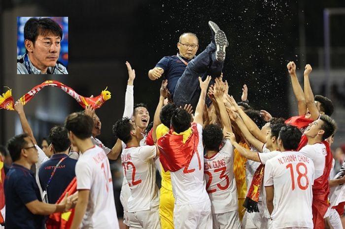 Park Hang-seo diangkat ke udara oleh para pemainnya untuk merayakan medali emas pertama Vietnam cabang sepak bola putra SEA Games di Filipina, 10 Desember 2019. Vietnam sangat yakin lolos ke Piala Dunia 2022.